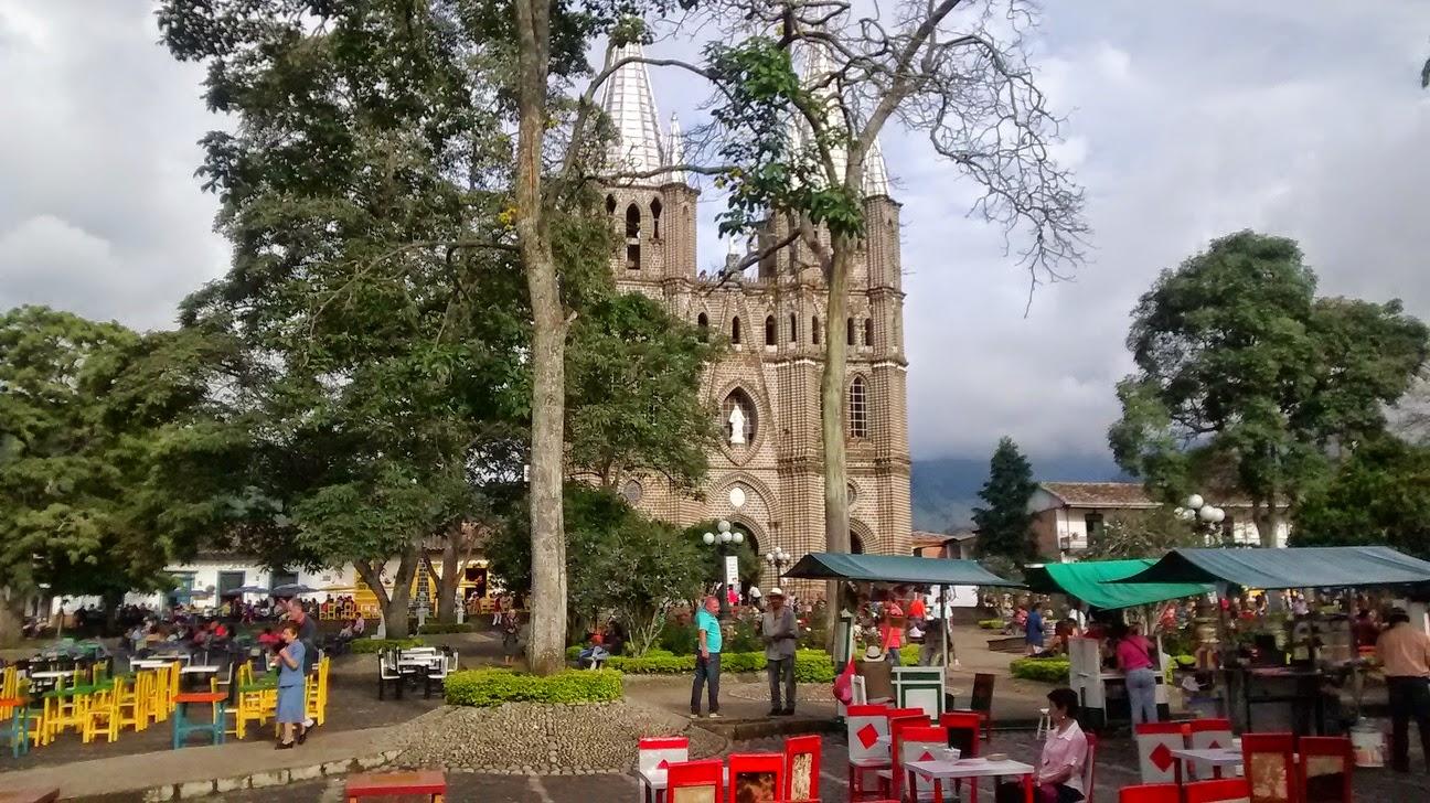 A short trip to jardin colombia for Jardin kolumbien